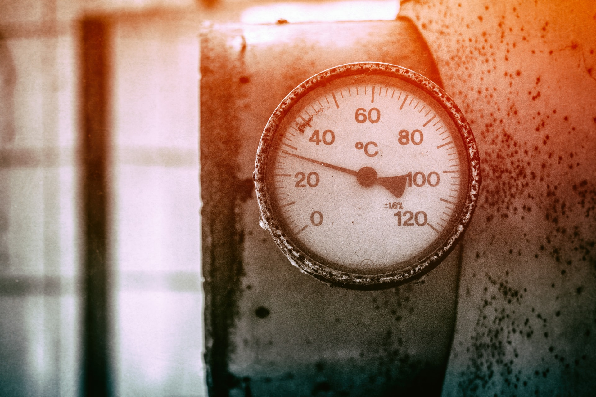 How To Choose The Right Pressure Gauge For Your Hydraulic System